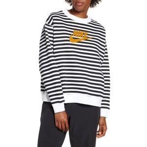 Nike Sportswear Logo Crewneck Striped Sweatshirt